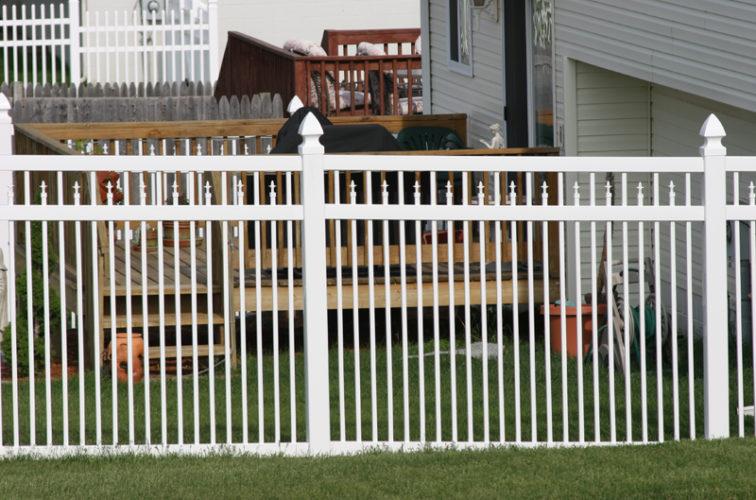 AFC Iowa City - Vinyl Fencing, 4' Ornamental Picket Conquer 854