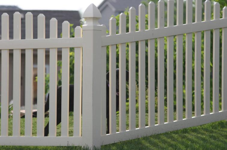 AFC Iowa City - Vinyl Fencing, 4' overscallop picket 550