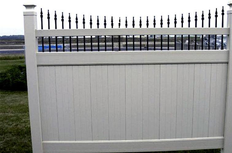 AFC Iowa City - Vinyl Fencing, 568 Black & Tan Underscallop