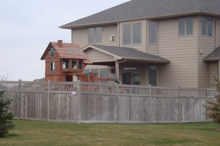 AFC Iowa City - Wood Fencing, Cedar Privacy with Picket Accent AFC, SD