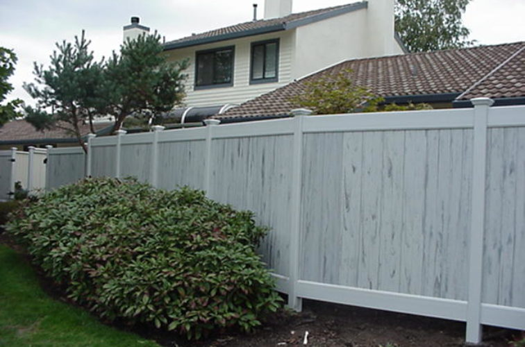 AFC Iowa City - Vinyl Fencing, Greystone (603)