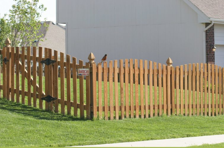 AFC Iowa City - Wood Fencing, Overscalloped Picket with French Gothic Posts - AFC -IA