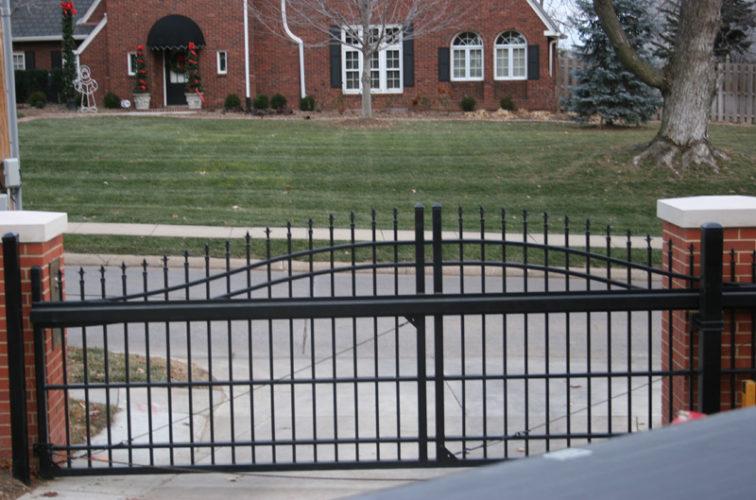 AFC Iowa City - Custom Gates, Overscallop Cantilever Slide Gate