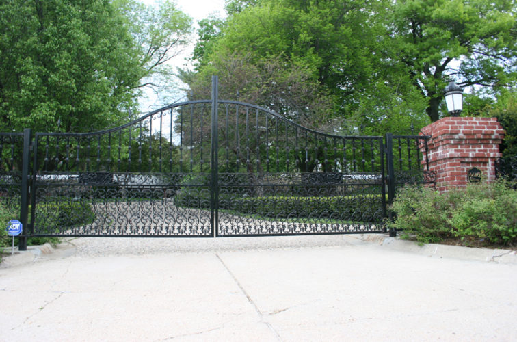 AFC Iowa City - Custom Gates, Overscallop Estate Double Drive Gate With Scroll Accent