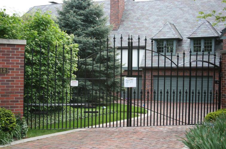 AFC Iowa City - Custom Gates,Overscallop Estate Gate With Puppy Accent