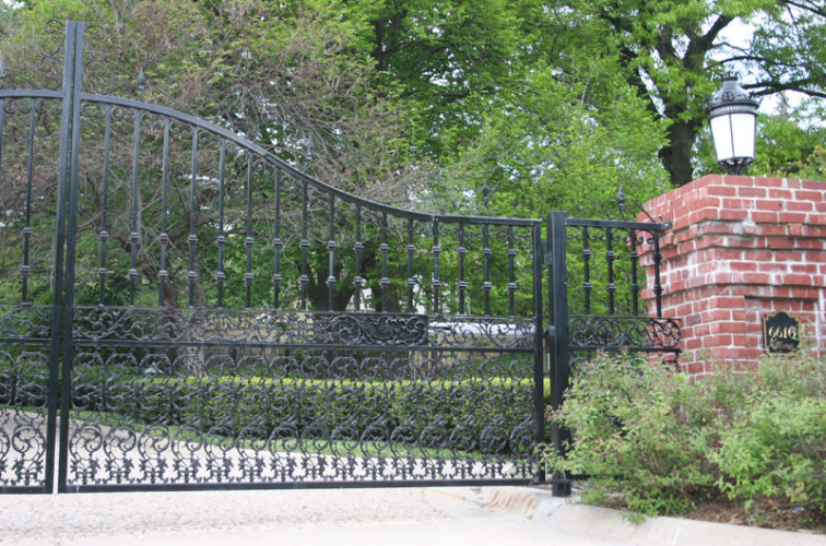 AFC Iowa City - Custom Gates,Overscallop Estate Gate with Scroll Accent At Bottom