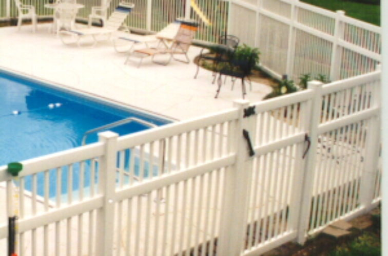 AFC Iowa City - Vinyl Fencing, Pool Style Picket with 3 rails 583