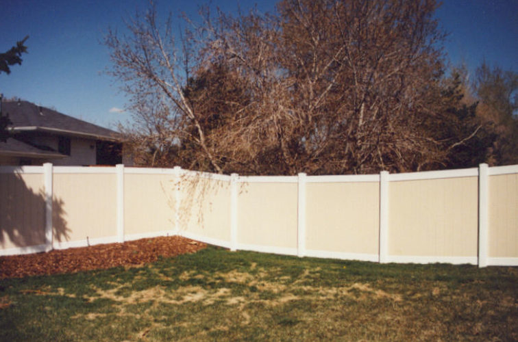AFC Iowa City - Vinyl Fencing, Privacy Tan and White (616)