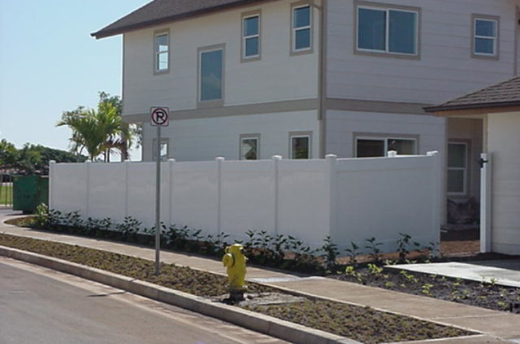 AFC Iowa City - Vinyl Fencing, Solid Privacy (609)