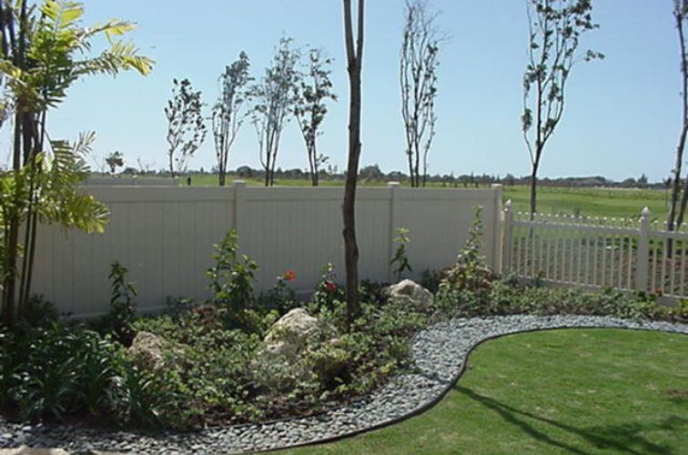 AFC Iowa City - Vinyl Fencing, Solid Privacy and Picket (607)