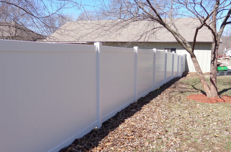 AFC Iowa City - Vinyl Fencing, 6' Privacy - AFC-KC