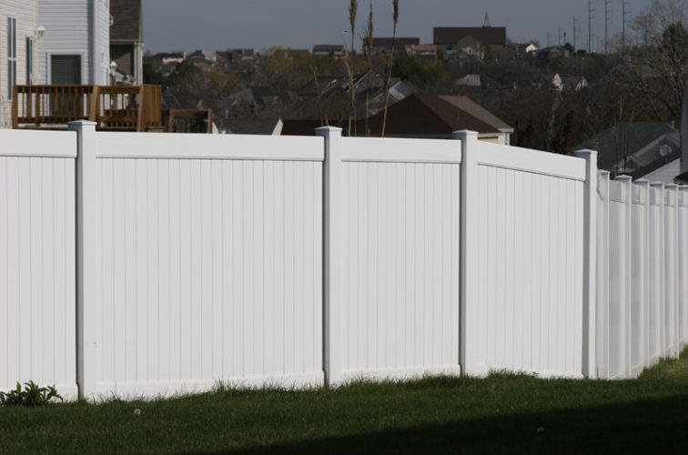 AFC Iowa City - Vinyl Fencing, Vinyl 6' solid (619)