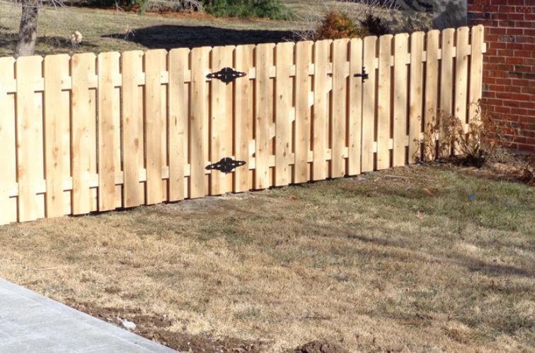 AFC Iowa City - Wood Fencing, 4' Board on Board - AFC-KC