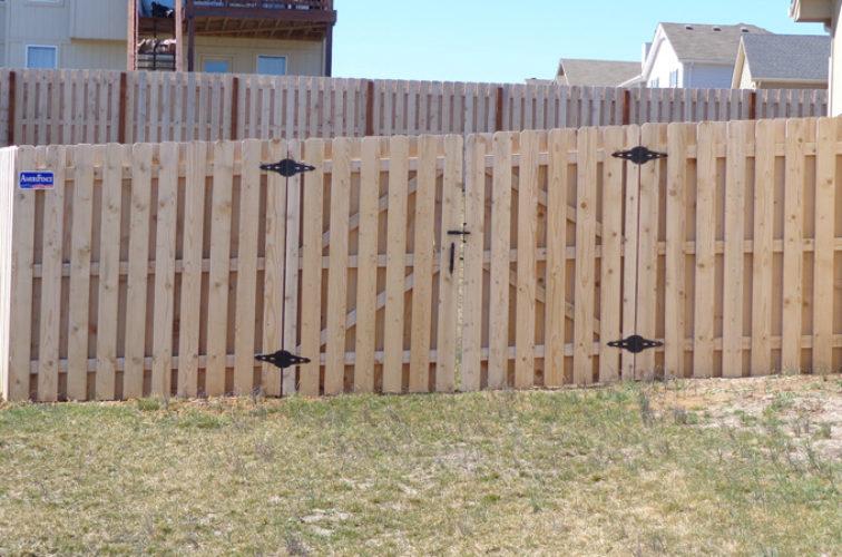 AFC Iowa City - Wood Fencing, 6' Board on Board - AFC-KC