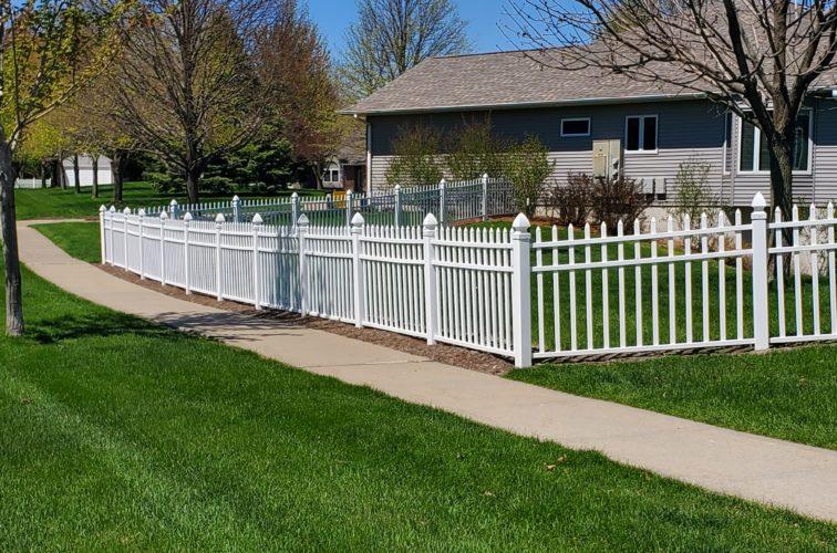 American Fence Company of Iowa City - 4' PVC Classic Picket Vinyl Fence
