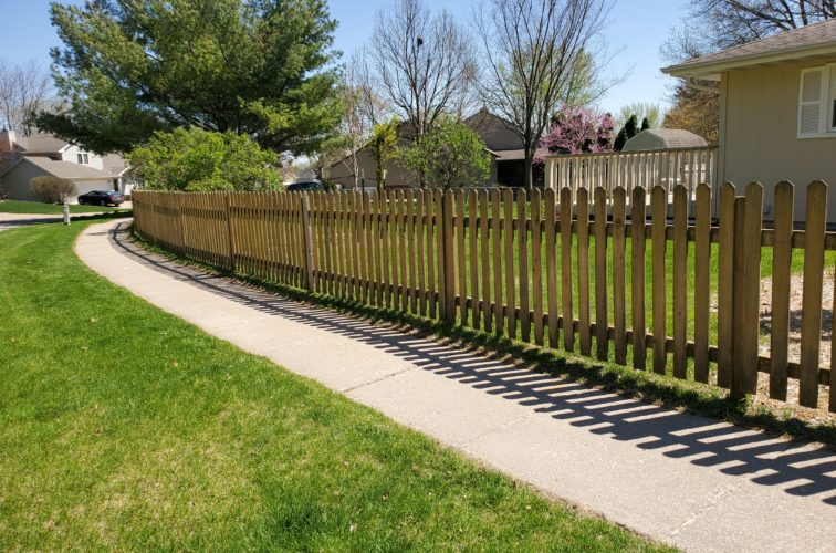 American Fence Company of Iowa City - Residential Wood Picket Fence